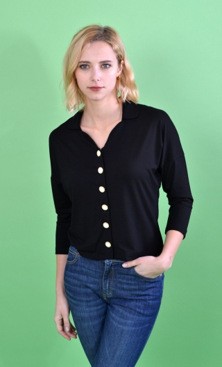 Top Hermione. Refined Basics. buttoned. Black