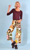 Pantalon Gus Cartes Postales , printed trousers, wide and a little short, stretch, flat profile, zip side, patch pockets back a