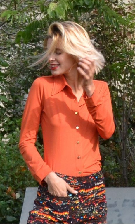 ChemiseAbbey Road Basiques Raffinés orange, Plain jersey shirt, fitted, pointed collar, long sleeve with wrist. Seventies
