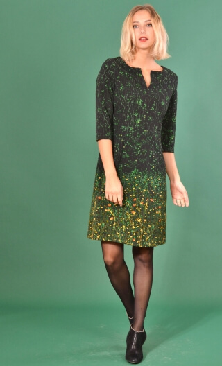 Robe La Nièce de Vania Herbes Folles , printed stretch dress, trapeze skirt, knee length, ¾ sleeve.