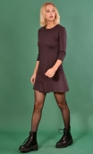 Robe Cecile Milano Cassis, Plain black knit dress, straight and short sleeves, collar, buttoned strapless
