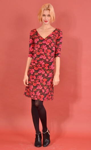 Robe Sarah Bonheur du Jour, printed knit dress, crossed heart, adjusted at the top, flares down, sleeve ¾.