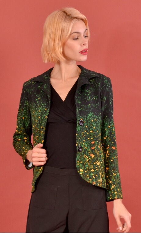 Veste La Croisette Herbes Folles, Stretch printed jacket, straight and short, with collar, slit back, patch pockets