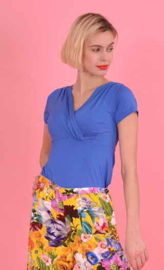 Top Zelda Basiques Raffinés blue, Plain jersey top, crossed V neckline, chest panel, short and small sleeves, sixties look.