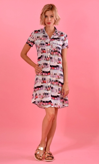 Robe Louise Nail Bar, printed shirt dress, straight, knee, pleat, buttoned, small patch pockets, short sleeves
