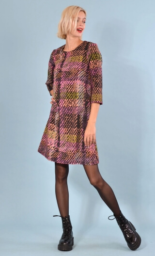 Robe Jess Bourrasques, Printed stretch dress, trapeze skirt, above the knee, 3/4 sleeve.