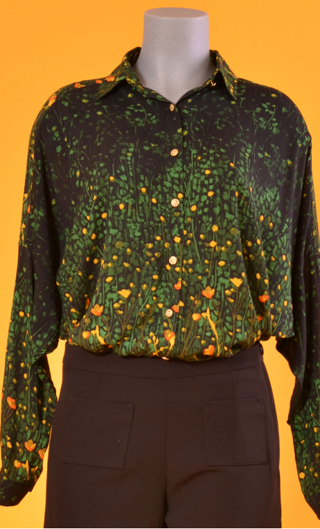 Chemise Résiste Herbes Folles, Oversized print shirt, long sleeves with cuffs, pointed collar..