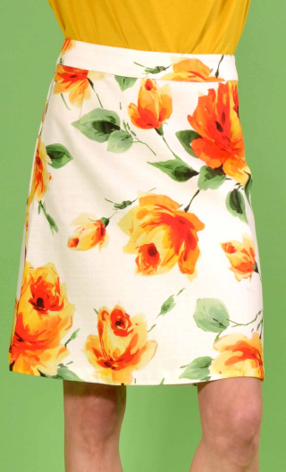 Jupe Swan Mon Prince, A-line printed skirt just above the knee, zipped at the back.