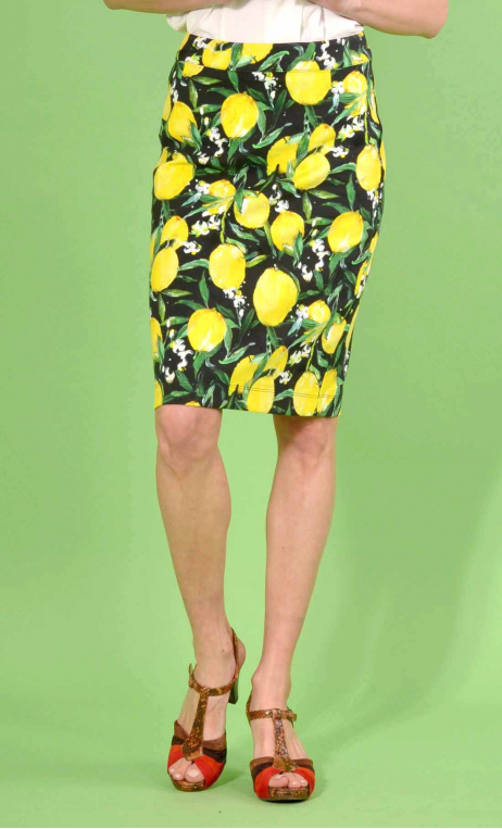 Skirt Clea in print Citrons, straight, pure, knee length, stretch