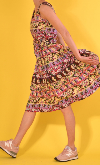 Robe Talons Aiguille Bayadère jaune pâle, printed cotton dress, round neckline, sleeveless, twirling petticoat with large pl