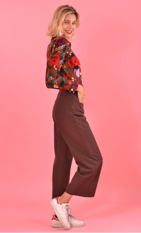 Pantalon Fred Serie B, brown trousers, wide, ankle length, stretch, side zip, urban chic, french style.