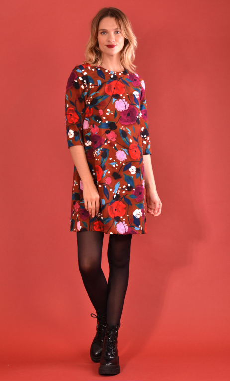 Robe Jess Printed Suite Royale caramel, stretch dress, trapeze skirt, above the knee, 3/4 sleeve.